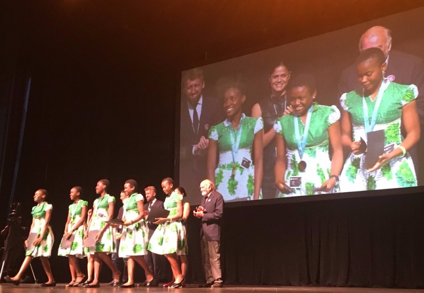 Nigerian School Girls win Innovation award
